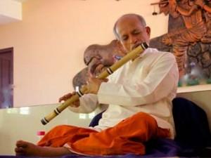Guruji On Flute – Divine Sound For Meditation