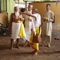 Shri Hans Baba with Guruji