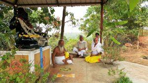 Devraha Hansbaba with Devababa Guruji in Surabhivana